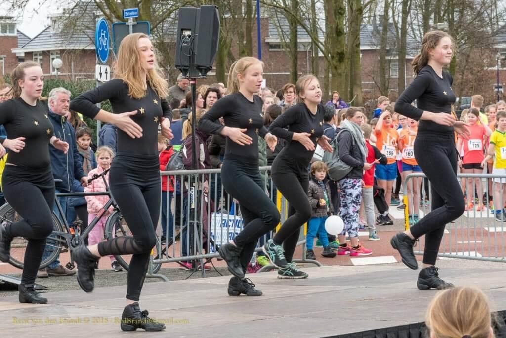 Optreden dansgroep Danzation